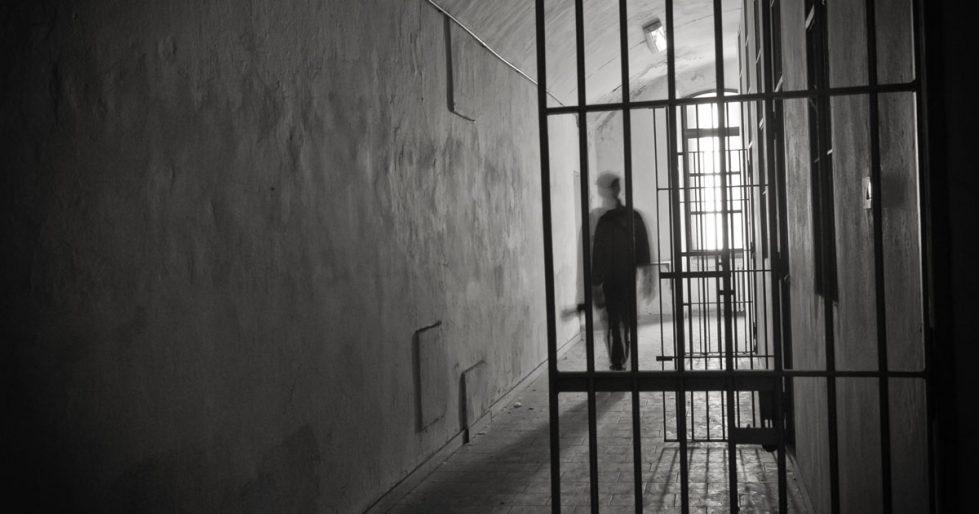 How I Became Pen Pals With a Death Row Prisoner | Biblica
